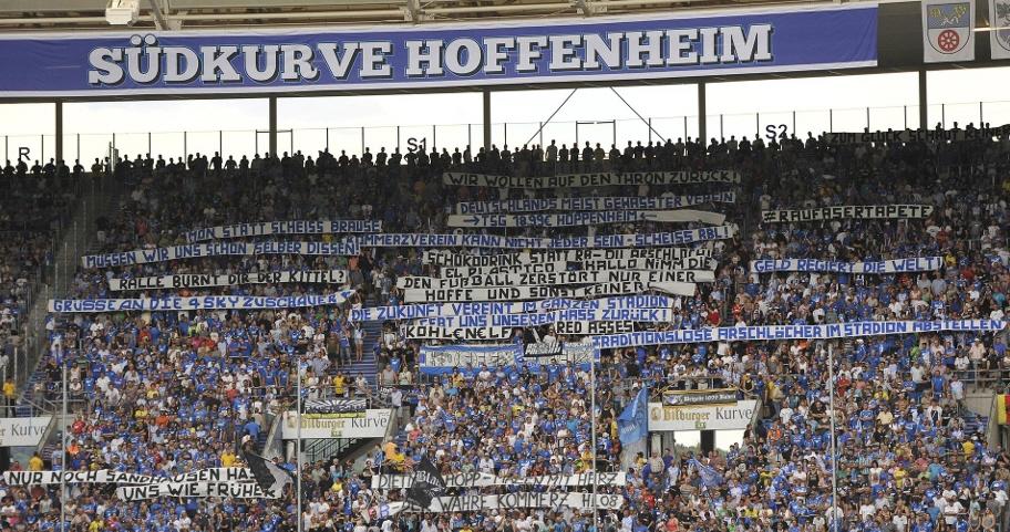 Plakataktion in Hoffenheim (Quelle: Imago
